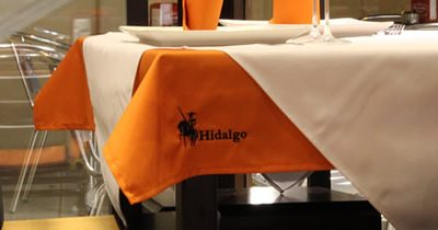 Ropa de mesa personalizada para restaurantes